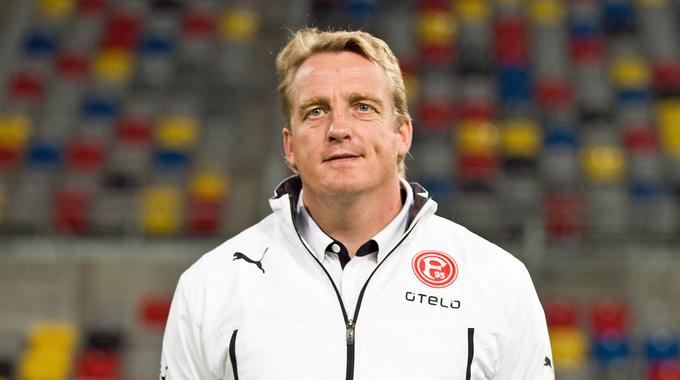 Profilbild von Mike Büskens