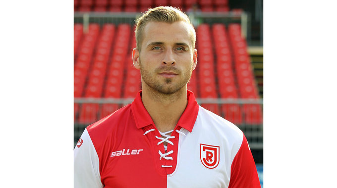 Profile picture of Romas Dressler