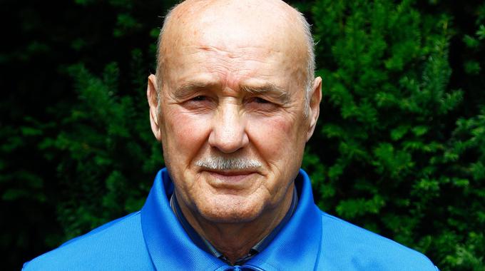 Profilbild von Waldemar Mühlbächer
