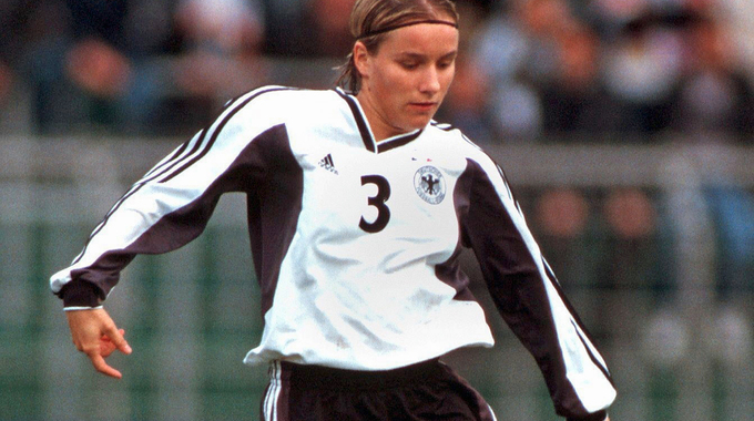 Profile picture of Stefanie Becker