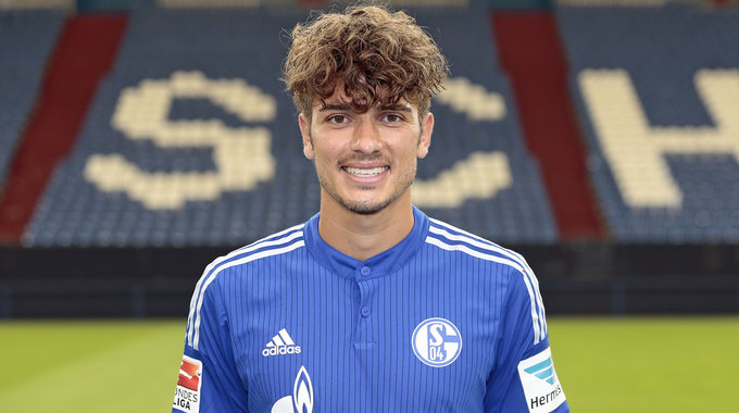 Profile picture of Roman Neustadter