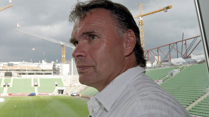 Profile picture of Uwe Helmes