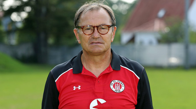 Profile picture of Ewald Lienen