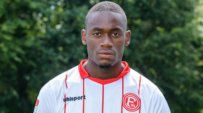 Profilbild von Maecky Ngombo