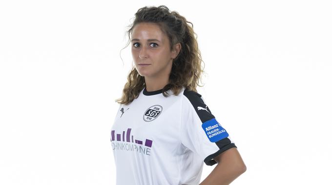 Profilbild von Ramona Petzelberger