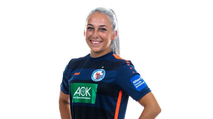 Profile picture of Gina-Maria Chmielinski