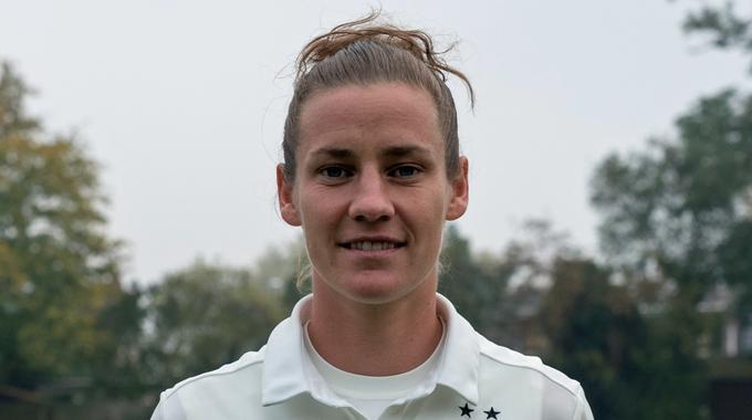 Profile picture of Simone Laudehr
