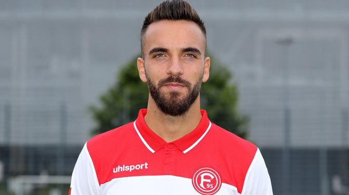 Profile picture of Kenan Karaman