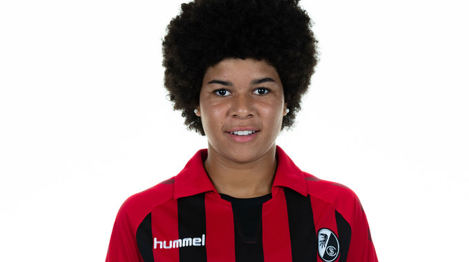 Profilbild von Victoria Ezebinyuo