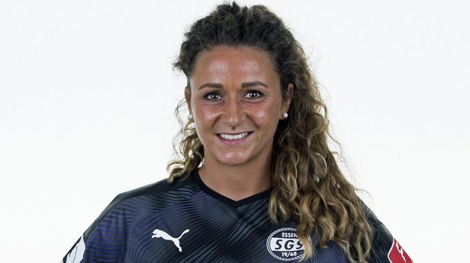 Profile picture of Ramona Petzelberger