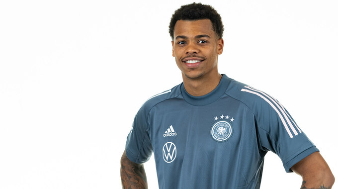 Profile picture of Lukas Nmecha
