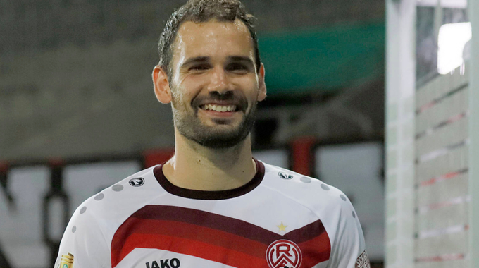 Profilbild von Simon Engelmann