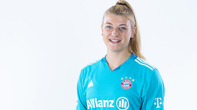 Profilbild von Carina Schlüter