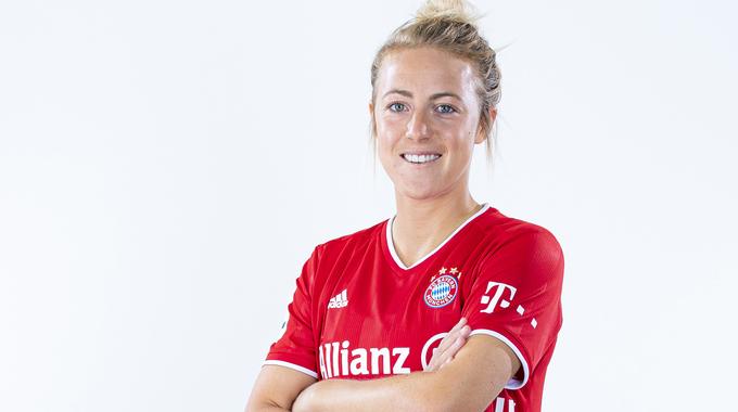 Profile picture of Carolin Simon