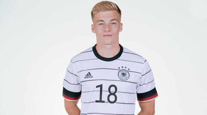 Profilbild von Dennis Lütke-Frie